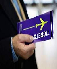 Survey: Airline passengers prefer paper over mobile for boarding 38