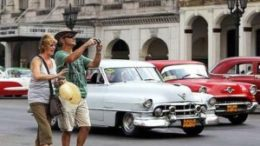 US tourists should continue visiting Cuba despite the travel ban 8