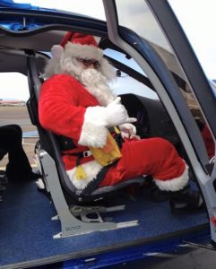 No Sleigh and Reindeer for Santa Claus at a Maui Resort: What about the children? 1