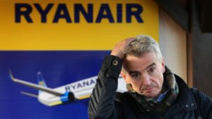 Ryanair gives in: Agrees to negotiate with pilots' union 45