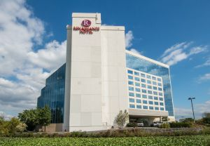 Interstate Hotels & Resorts to manage Renaissance Philadelphia Airport Hotel