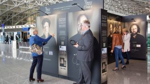 Faces behind Voices: An Interactive Exhibit Puts Faces on Germany's Top Film Dubbing Artists