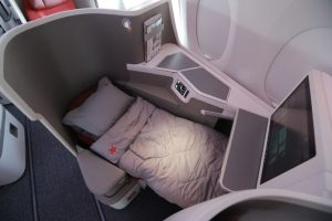 Hong Kong Airlines debuts new Business Class seat on Airbus A350