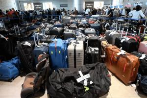 Chaos: Baggage system failure shuts down Israel's Ben-Gurion Airport