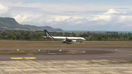 Omarjee Aviation with Alitalia in Mauritius 6