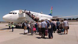 Unions support South African Airways pilot strike amidst allegations of gross misconduct 17