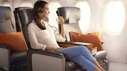 Tips for comfortable holiday air travel 34