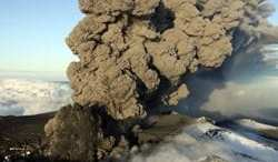 Another volcanic eruption in Iceland could cause global air traffic chaos 13