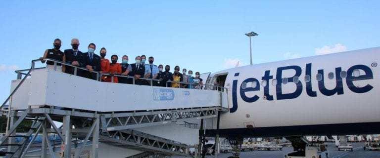 St. Maarten welcomes JetBlue inaugural flight from Newark, New Jersey 7