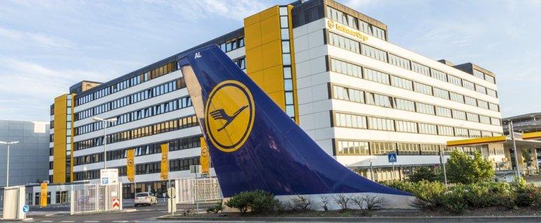Lufthansa Group announces medium-term targets, makes preparations for capital increase 38