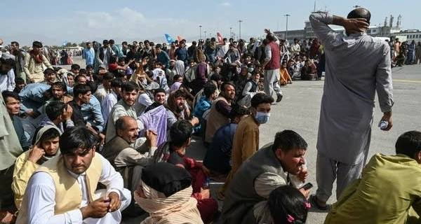 Taliban: Only foreigners can leave Afghanistan from Kabul airport 30