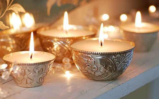 Scented candles to add ambiance to the experience.