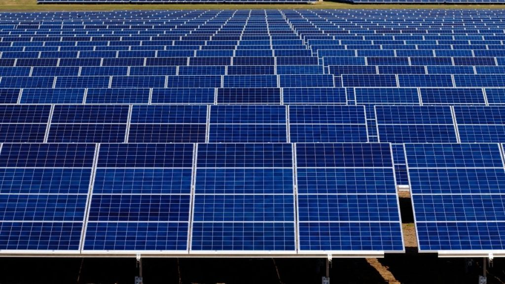 large solar power plant designed for utilities