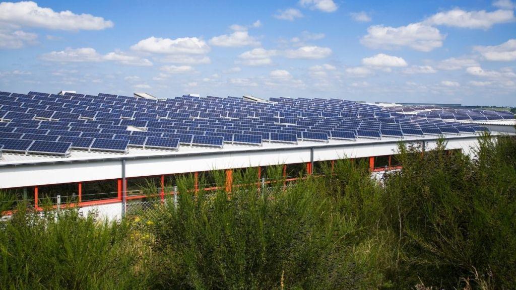 large solar power plants avoiding shade