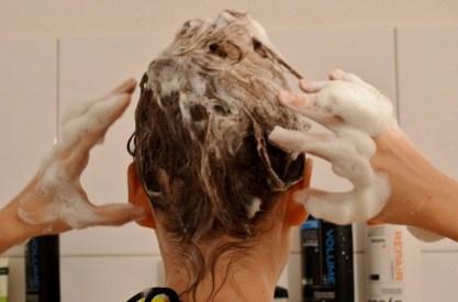 Wie verwendet man Haarseife