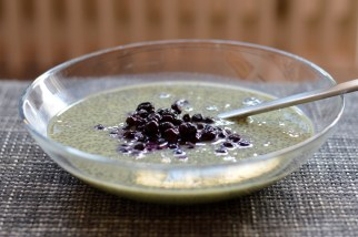 matcha chia pudding with blueberries