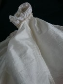 French seams on the skirt