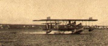Hidroavión(Flying boat papercraft) de papel!  (2/3)