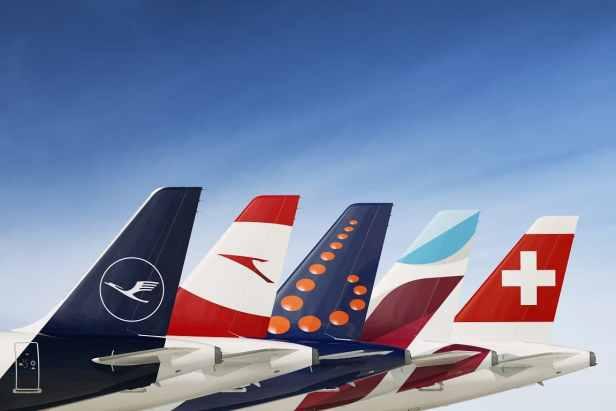 Cola Aviones Aerolineas Grupo Lufthansa
