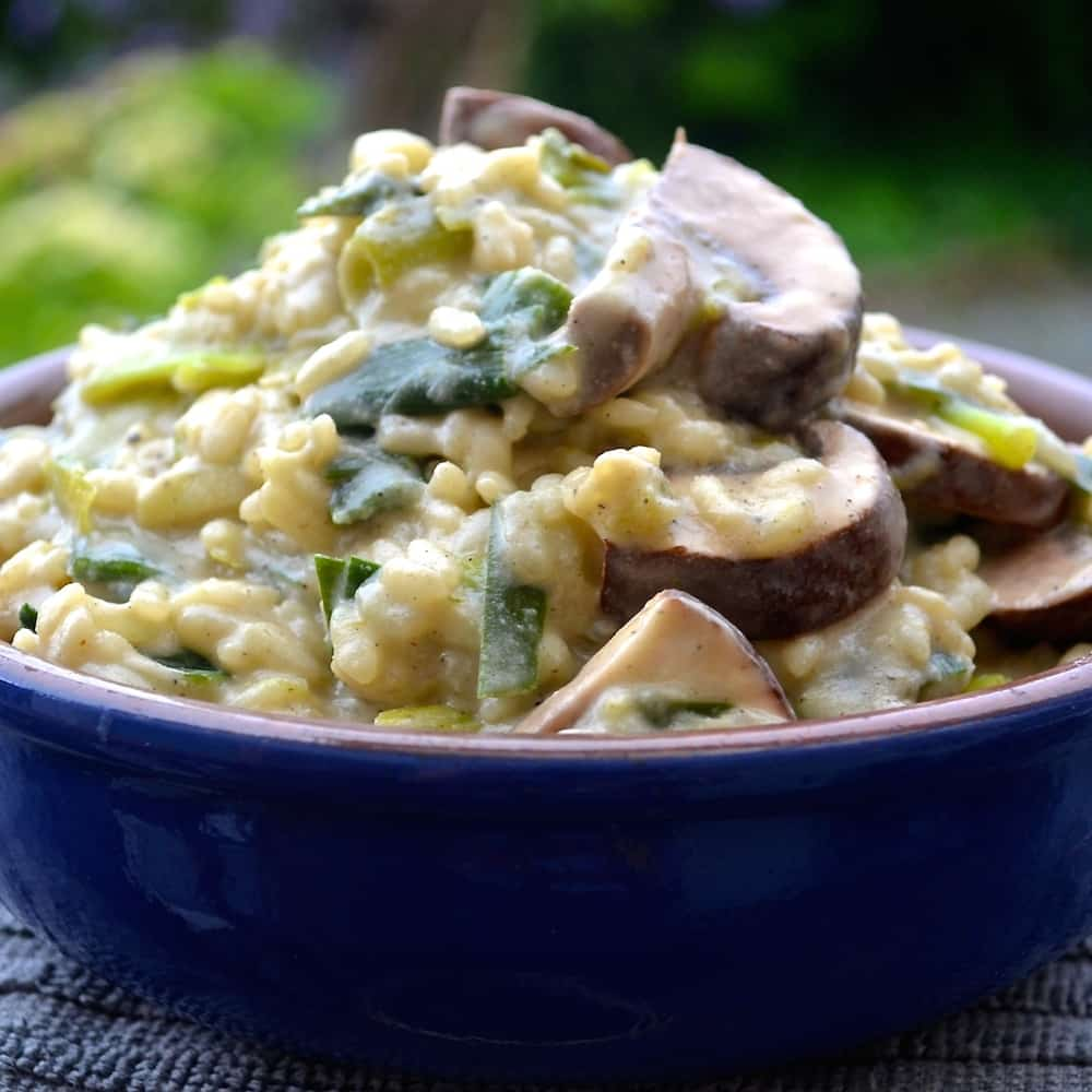 Ultra creamy italian style Mushroom & Green Garlic Risotto. It is so rich and delicious that no-one will believe that it is vegan!