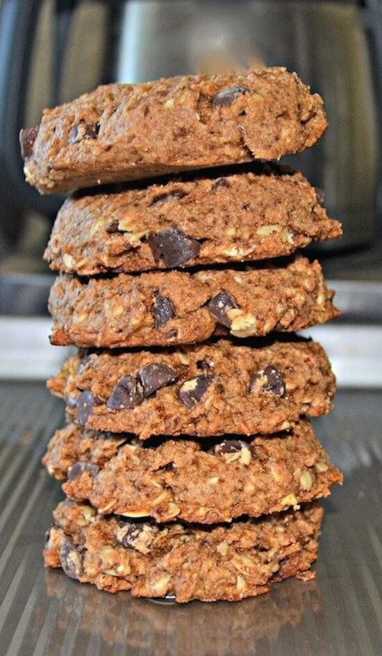 Use your leftover almond or oat milk pulp to make these healthier, delicious, soft & chewy Almond Pulp or Oat Pulp Chocolate Chip Cookies