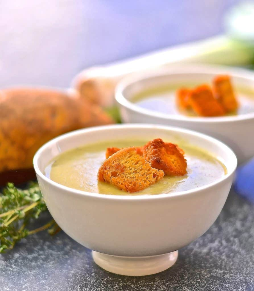 Sweet leeks, creamy potatoes & a hint of nutmeg combine to make this unbelievably creamy Leek & Potato Soup. Warming, comforting & healthy, it makes the perfect light lunch or a more substantial dinner with lots of crusty bread for dunking!