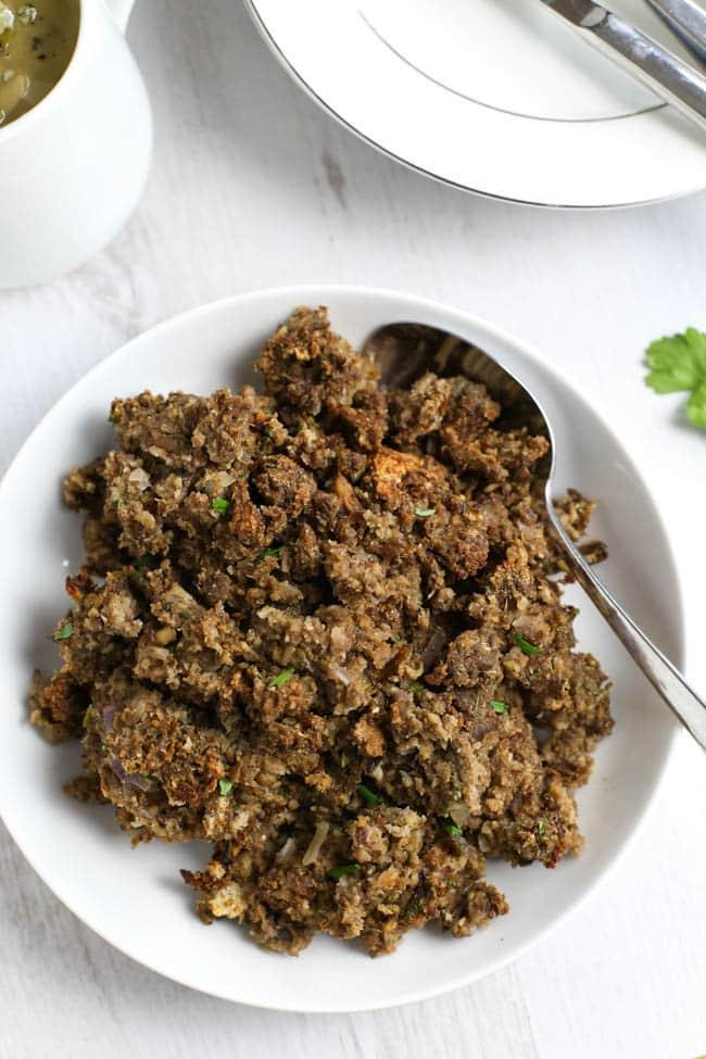 mushroom-and-chestnut-vegetarian-stuffing-6