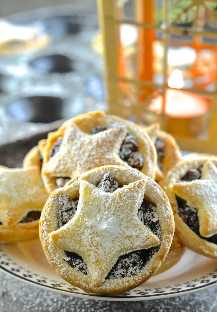 These homemade Vegan Mince Pies hold the very essence of Christmas in their delicious pastry crusts! Nothing can beat one warm from the oven with a glass of mulled wine!