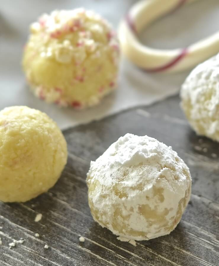 These festive Vegan Candy Cane White Chocolate Truffles are meltingly rich, sweet, creamy & indulgent. Total and utter decadence with minimal effort. A chocoholics dream!