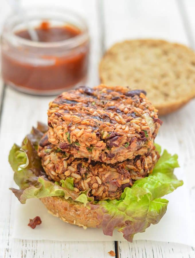 Where do I even begin with these lip smackingly good Mexican Burgers? They are so incredibly delicious & the sticky, sweet, spicy sauce just takes them OVER the top!