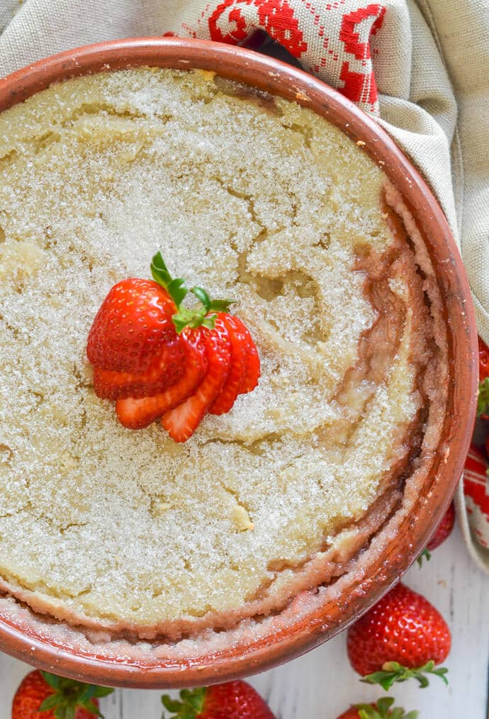 baked strawberry semolina pudding from above