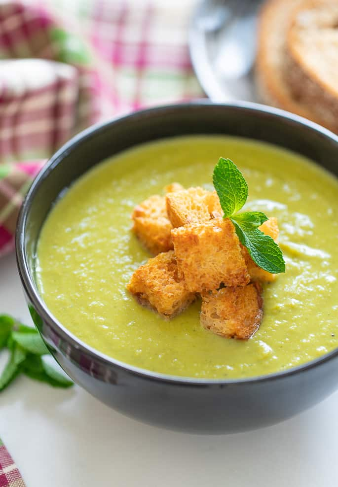 Vegan Pea Soup with croutons