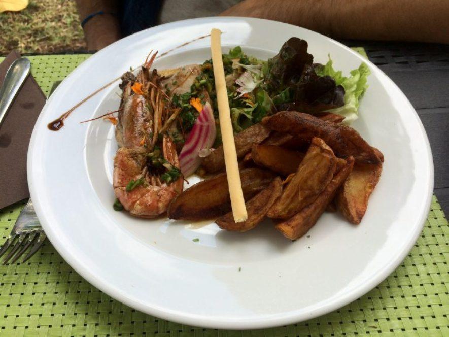 bonne adresse restaurant saint-paul 974 la barque-ile-reunion-assiette-de-la-mer-2