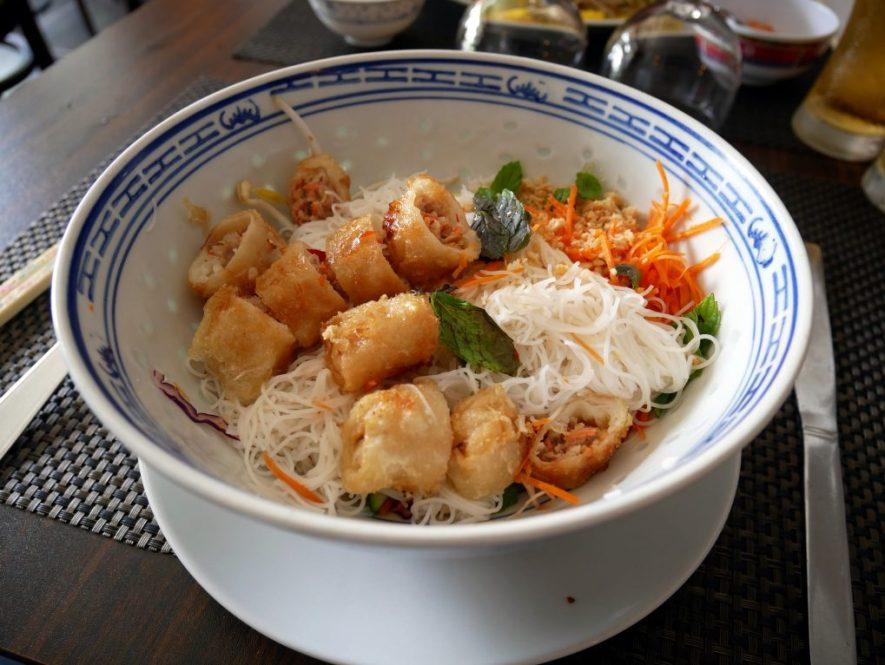 BOnne adresse restaurant Vietnamiem la reunion 974 jade d or bo bun