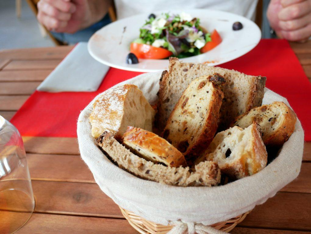 bonne adresse restaurant au bon fromage etang sale 974 pain