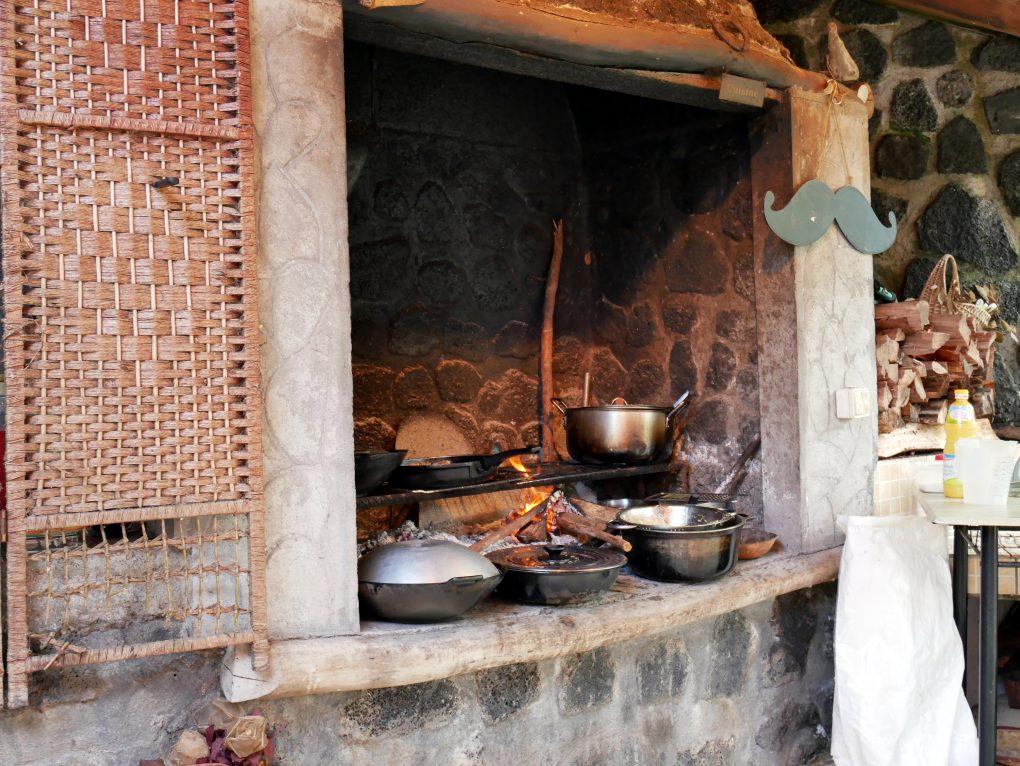 bonne adresse restaurant traditionnel creole chez moustache saint philippe la reunion 974 marmite