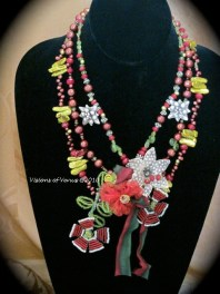 sugar plum and red flowers artisan necklace