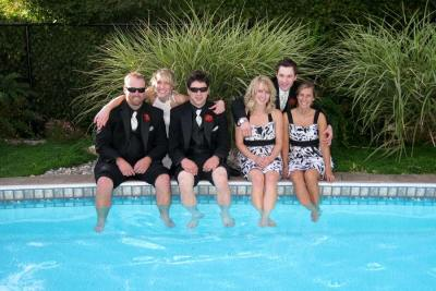 A Vista Villa Couples Retreat is the Perfect Venue for Your Best Friends to Witness Your Vows in Kelowna, BC