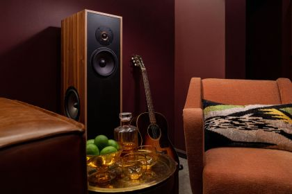 Leon Speakers - Adrian Grenier
