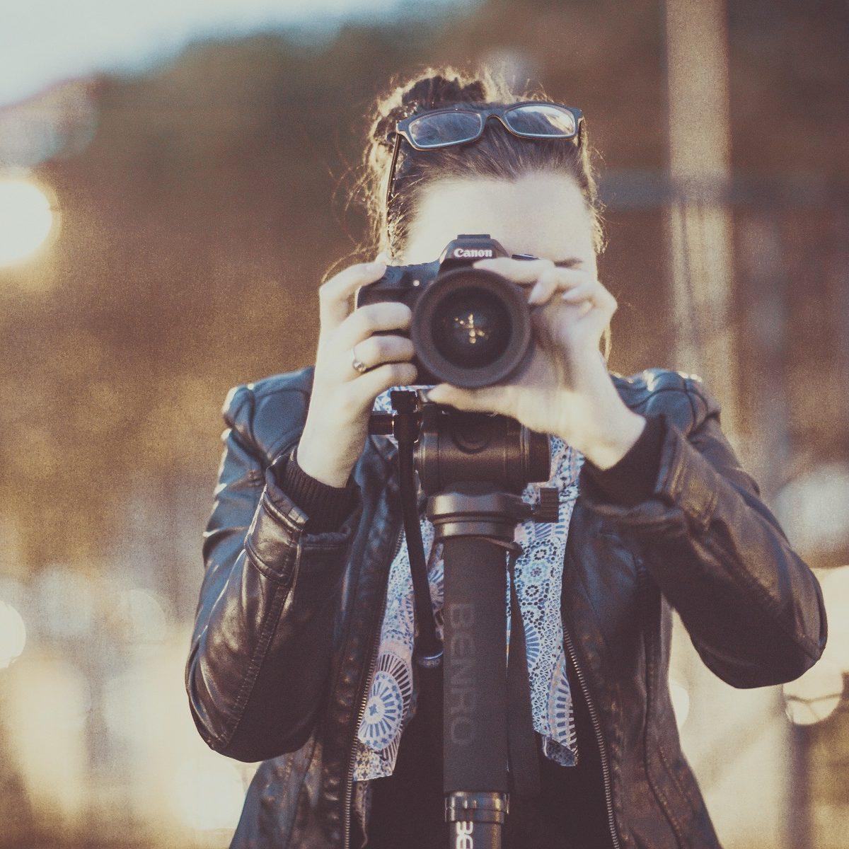 artiste photographe conseillé par un avocat du numérique