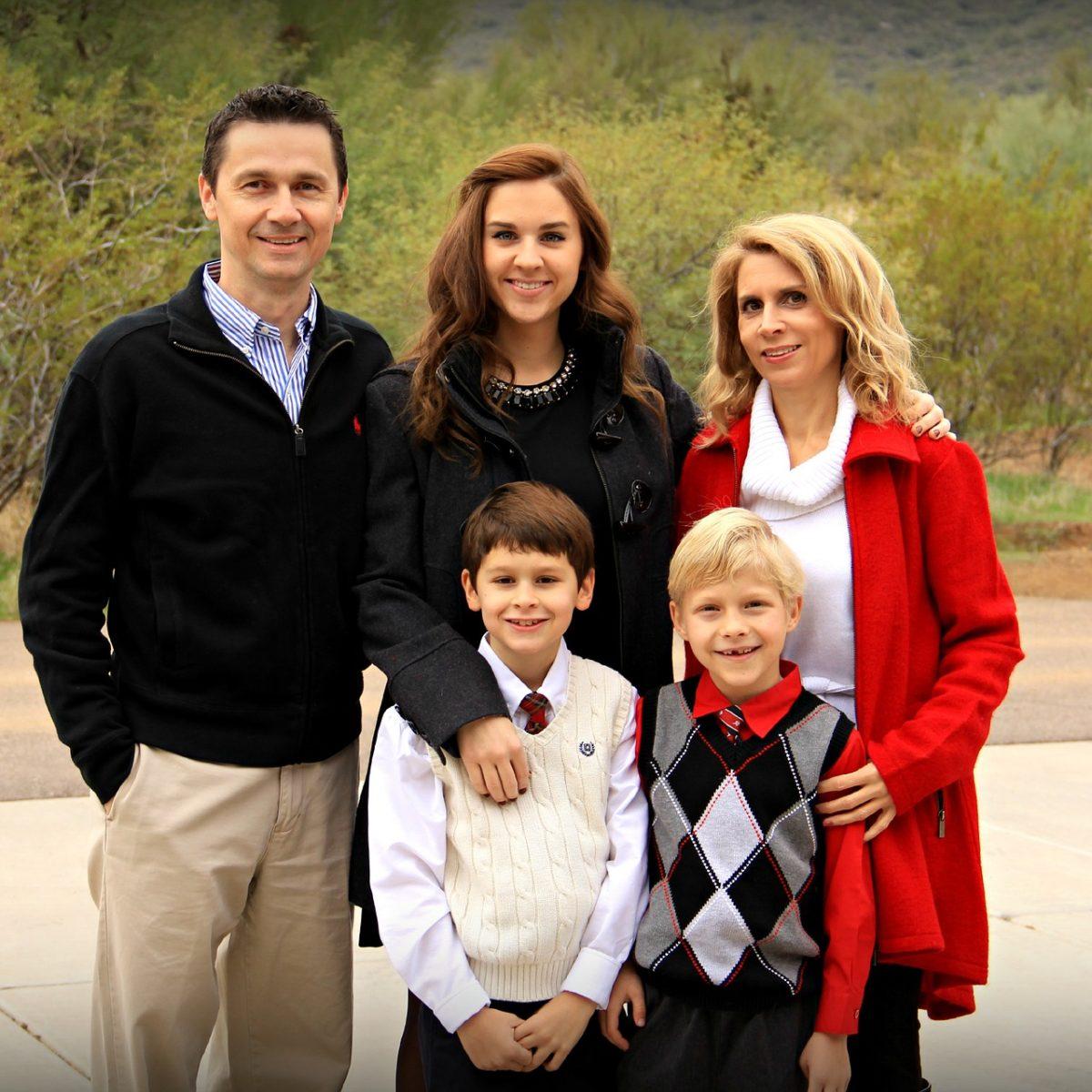 Famille conseillée par l'avocat fiscaliste du Cabinet