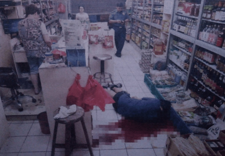 Man Killed by Hitman in T. Alonzo Food Store