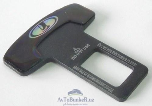Заглушка замка ремня безопасности с эмблемой Lada