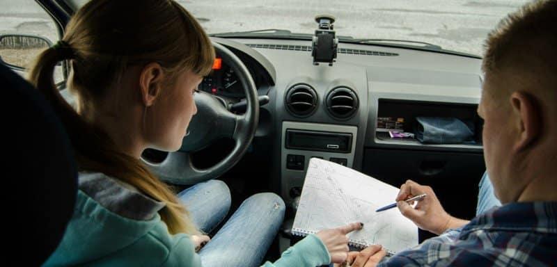 Как работать: в автошколе или частным инструктором | Как стать инструктором по вождению