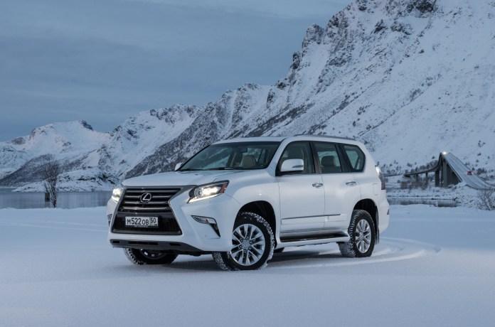 В России Toyota и Lexus отправят на сервис 84 тысячи автомобилей