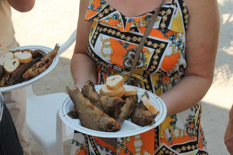 La Fiesta de la Tenca llega este año a Hinojal con degustaciones, conciertos y concursos