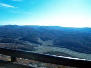 Вид на долину. Фото мое © 2009