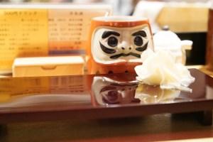 名鉄名古屋駅 「築地 男前鮓」で赤酢の立ち食い寿司へ