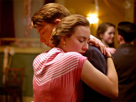 Domhnall Gleeson and Saoirse Ronan in Brooklyn