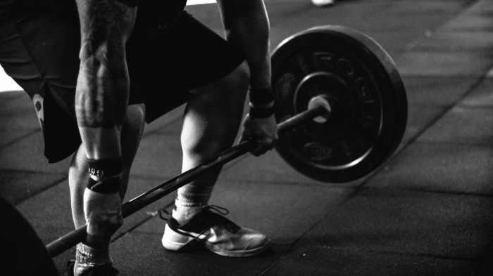Lifting and Gain with Recovering Man